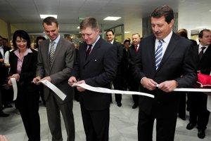 Nový minister zdravotníctva sa bude musieť vysporiadať aj s vplyvnými obchodníkmi so zdravím z Košíc.
