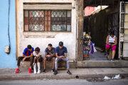 Kubánci už môžu surfovať po internete aj na mobiloch.