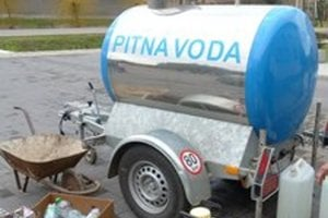 V Číčove a Trávniku majú pitnú vodu len z cisterny.