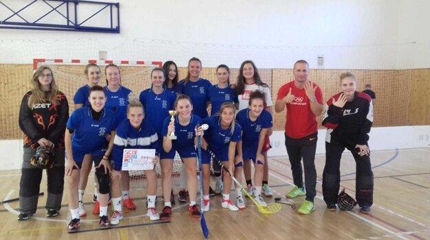 Dievčatá zo SOŠ HSaO skončili na domácom turnaji štvrté.
