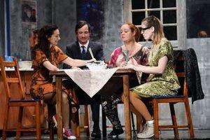 Premiéra komédie Jedáci čokolády v divadle Thália o 19.00 hod.