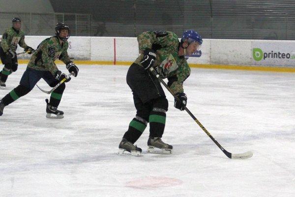 Hokejisti Liesku sa dotiahli na vedúce Námestovo.