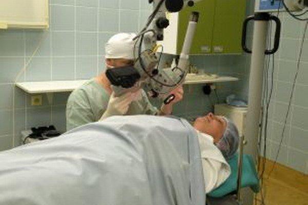 Pracoviská jednodňovej zdravotnej starostlivosti v Liptovskej nemocnici s poliklinikou sú vybavené modernými prístrojmi.