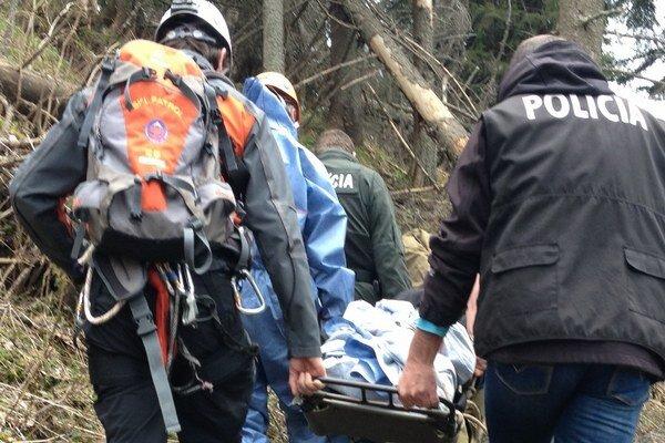 Telesné pozostatky našli turisti počas výstupu na Poludnicu z Iľanova.