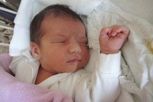 Dorota Kocifajová (3980 g, 52 cm) sa narodila 3. decembra Monike a Františkovi z Nové Mesta.