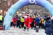 Na Vianočnom behu Šaľou bežal vlani aj Dedo Mráz (alebo Santa Claus).