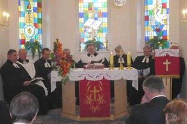 Slávnostná bohoslužba v Diakonii Košeca.