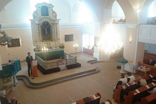 Prvým z podujatí v rámci cyklu Štúr a Liptovský Mikuláš boli spomienkové služby Božie.
