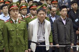 30. apríla. Nemecký denník Frankfurter Allgemeine Zeitung po prvý raz priniesol informáciu, že Slovensko mohlo byť zapletené do únosu vietnamského podnikateľa Trinha Xuana Thanha.