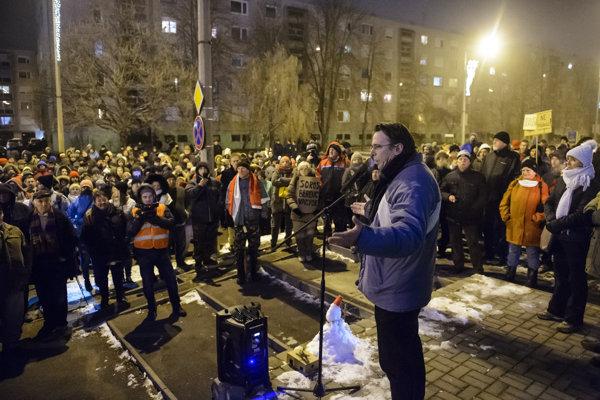 Protesty proti spornej novele zákonníka práce.