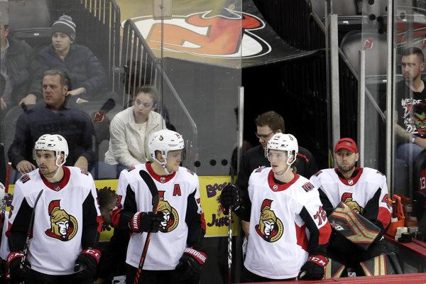 Sklamaní hokejisti Ottawy Senators.