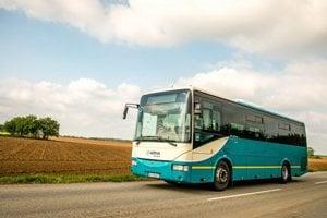 Spoločnosť Arriva vlastní alebo spoluvlastní niekoľko prepravných spoločností. Na Slovensku sú t oniekdajšie SAD Michalovce, Nové Zámky, Nitra, Trnava a Liorbus Ružomberok.