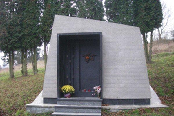 Hrobka majstra Ľudovíta Fullu, jedného znajvýznamnejších slovenských umelcov.