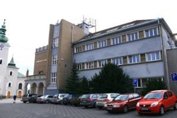 Ružomberské cirkevné školy dnes vyučujú v normálnom režime, do štrajku sa nezapojili.