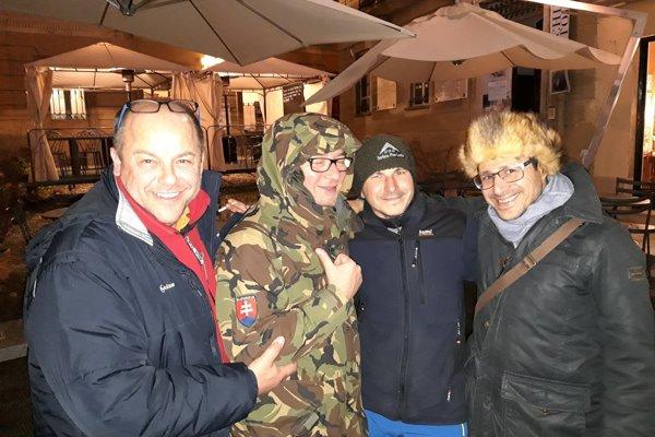 Miro Kožuch v Taliansku (Tretí zľava)