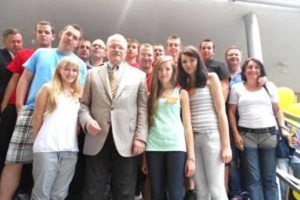Liptovskí Kľačanci s prezidentom.