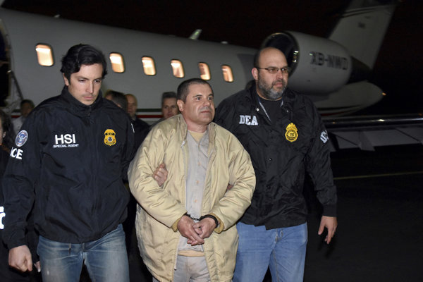 Guzmán v rukách DEA.