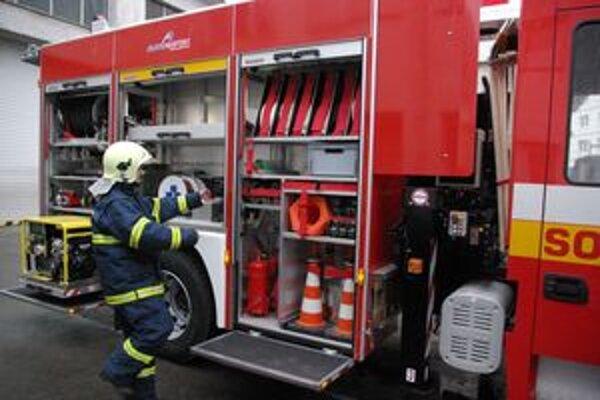 Za posledné tri roky sa podarilo hasičom OR HaZZ v Považskej Bystrici vylepšiť technické zázemie a vozový park o osem kusov novej techniky.
