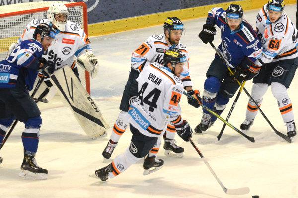 Oceliari prehrali s Popradom aj tretí domáci zápas sezóny.