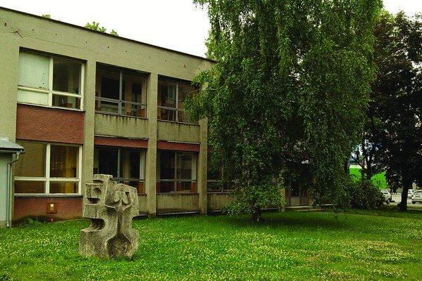V rámci reorganizácie štátnej správy plánuje ministerstvo zriadiť v budove bývalej školy klientske centrum pre obyvateľov Ružomberka.