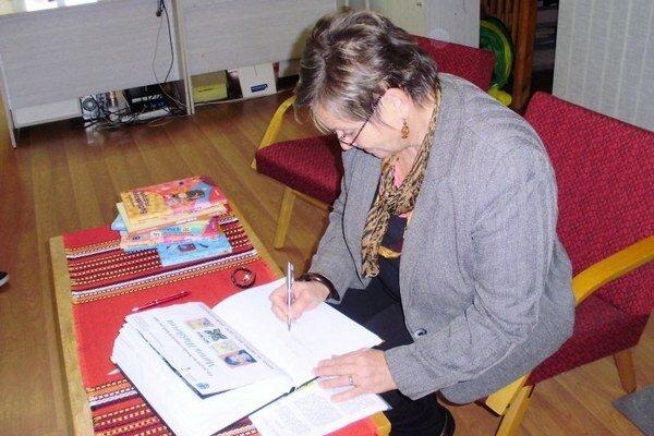 Spisovateľka prišla za svojimi detskými čitateľmi do liptovskomikulášskej knižnice.