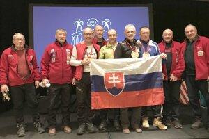 Slováci, ktorí pretekali na konci januára v Amerike na neoficiálnych majstrovstvách sveta veteránov v bežeckom lyžovaní.
