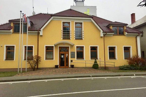 Mestský úrad v Nemšovej.