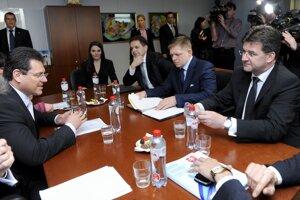 24. apríl 2012. Z oficiálnej návštevy predsedu vlády SR Roberta Fica v belgickej metropole Brusel.