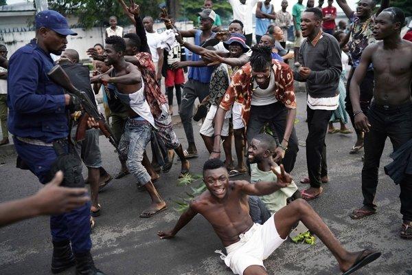 Správy o nepokojoch prichádzali aj z Kisangani, tretieho najväčšieho mesta republiky.