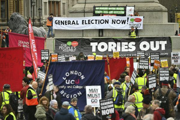 Protest žltých viest v Británii.