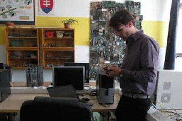 Marek Marušin vie mobilnú aplikáciu prispôsobiť na ktorékoľvek mesto na svete.