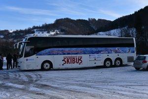 Skibus vyráža z maďarského Šalgotarjánu.