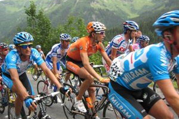 Peter Velits (vľavo) v tomto roku absolvoval druhýkrát Tour de France.