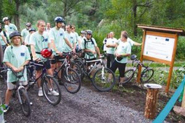 Cyklisti, ktorí si novú trasu vyskúšali, tvrdia, že jazda po nej je bezpečná a komfortná.