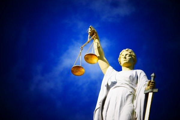 Justícia (latinsky Iustitia), starorímska bohyňa spravodlivosti.