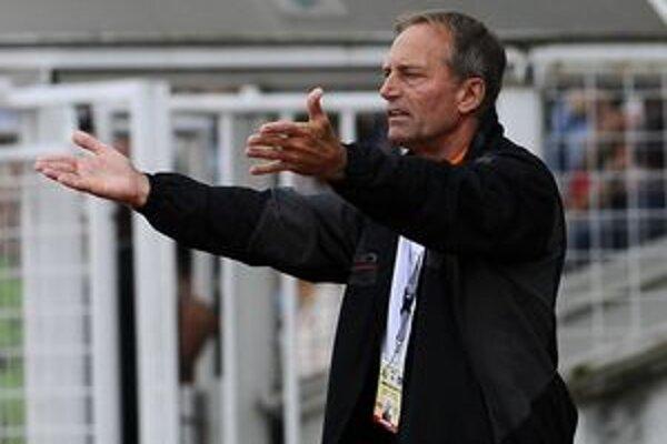 Súper bol podľa trénera Ladislava Jurkemika dobre organizovaný, preto sa ružoberčania ťažko presadzovali.