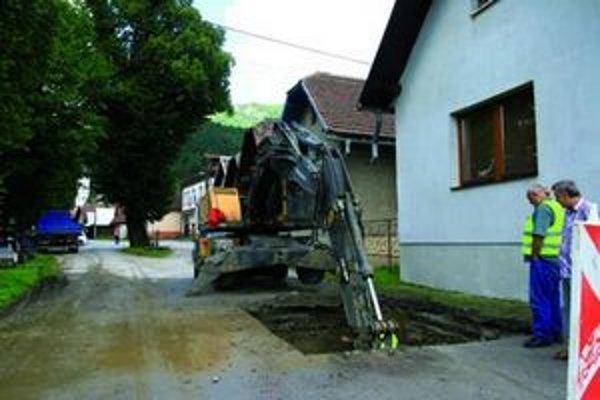 Kanalizáciu by mali v dolnom Liptove postaviť do konca budúceho roka.