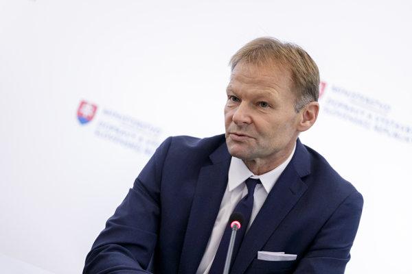 Vazil Hudák, viceprezident Európskej  investičnej banky.
