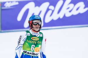 Petra Vlhová v cieli druhého kola.