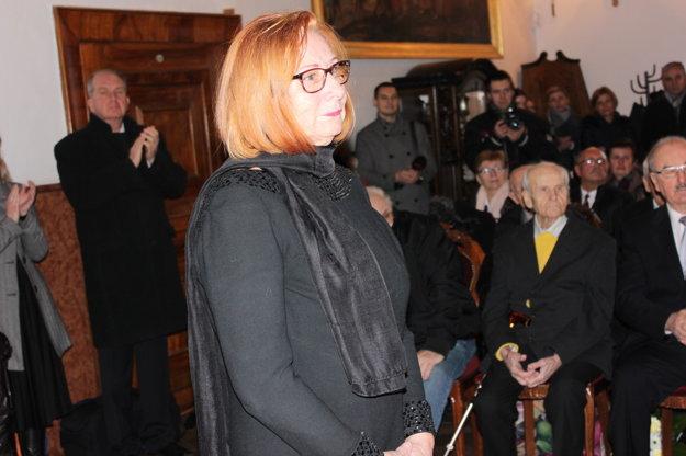 Manželka Mariána Ondáša.