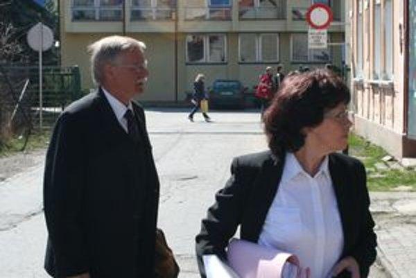 Exprimátor Alexander Slafkovský (na fotografii) mal, podľa súčasného primátora Jána Blcháča, pochybiť pri zadávaní zákaziek na právne služby pre mestský podnik, ktoré robila jeho manželka Dagmar.