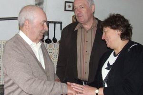 Osemdesiatnik Ján Štrkolec (vľavo).