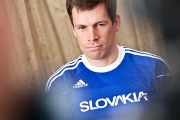 Projekt Teamu Slovakia je vo svete bežnou záležitosťou, vo väčšine krajín ho však zastrešuje štát či spolkové združenia. Na Slovensku musel vzniknúť z iniciatívy jednotlivcov. Do projektu sa zapojil aj olympionik Michal Martikán.