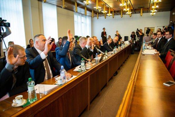 Ústavnoprávny výbor