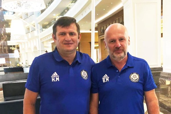 Aktuálna snímka z hotela v Turecku. Zľava Michal Hipp a Michal Bílek.