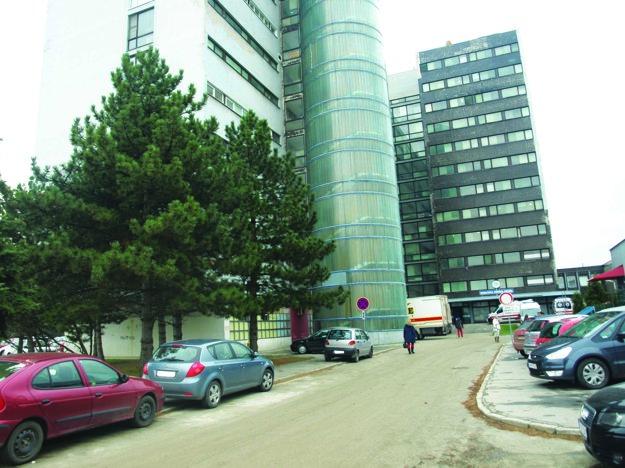 Nemocnica patrí do siete nemocníc spoločnosti Svet zdravia.