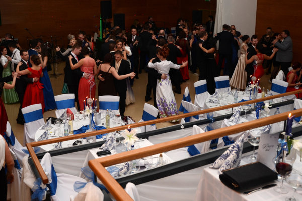 V Kanianke mali plesajúci hostia k dispozícii až dve sály.