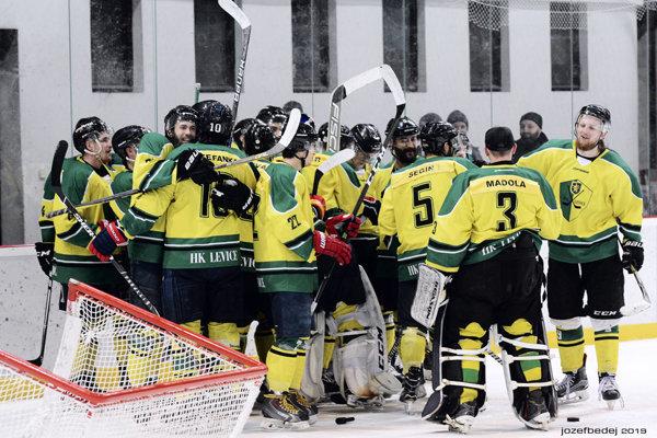 Levice na domácom ľade proti Prešovu uspeli
