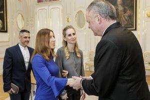 Palaympioničku Henrietu Farkašovú prijal v Prezidentskom paláci Andrej Kiska.