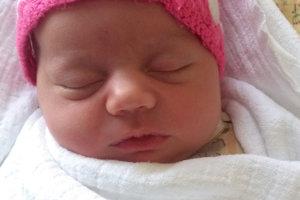 Evelin Chudiaková sa narodila rodičom Jane a Lukášovi zo Sihelného. Na svet prišla 13. januára, vážila 3550 g a merala 49 cm. Doma sa z nej teší Lukáško.